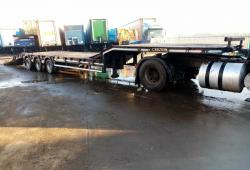 SALE OR HIRE OF 2007 KING GTS44 STGO LOW LOADER TRAILER, OUTRIGGERS
