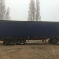 SALE OR HIRE OF 2006 LAWRENCE DAVID 4.42m TRI AXLE CURTAINSIDER TRAILER, VGC