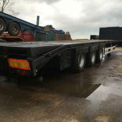 SALE OR HIRE OF 2006 MONTRACON LOW LOADER TRAILER, FIXED RAMPS