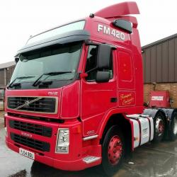 VOLVO 2004 (54) FM12 420 6x2 TRACTOR UNIT, MID LIFT, MANUAL GEARBOX, 592,000km